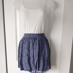 Navy & Cream Floral Patterned Thin Flowy Skirt